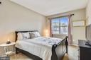 2nd Master Bedroom upper level with en suite bath! - 17966 WOODS VIEW DR, DUMFRIES