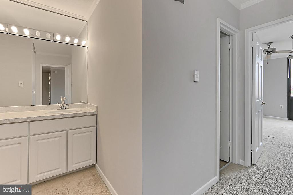 Separate Vanity Area - 1718 P ST NW #802, WASHINGTON