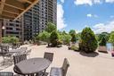 Poolside terrace - 5501 SEMINARY RD #611S, FALLS CHURCH