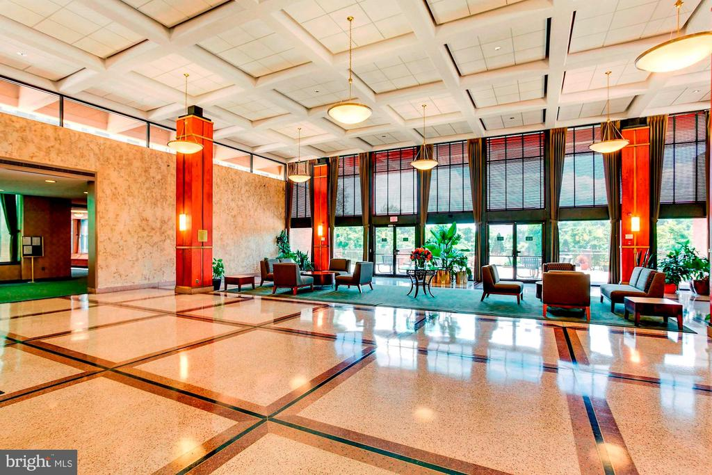 Elegant front lobby - 5501 SEMINARY RD #611S, FALLS CHURCH