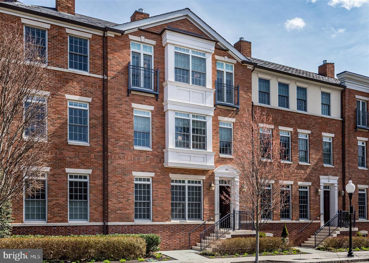 83 CHAMBERS  Princeton, New Jersey 08540 Hoa Kỳ
