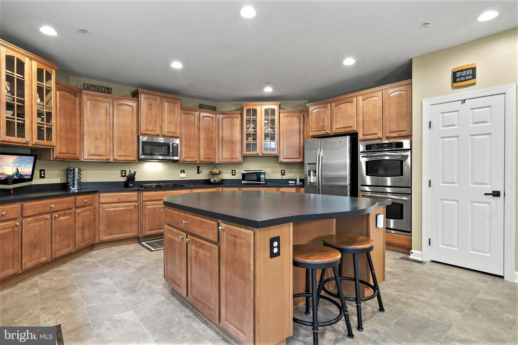 Stainless Steel Appliances - 5442 EAGLE OWL CT, WALDORF