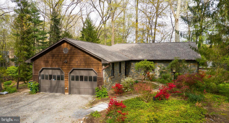 Single Family Homes pour l Vente à Germantown, Maryland 20876 États-Unis