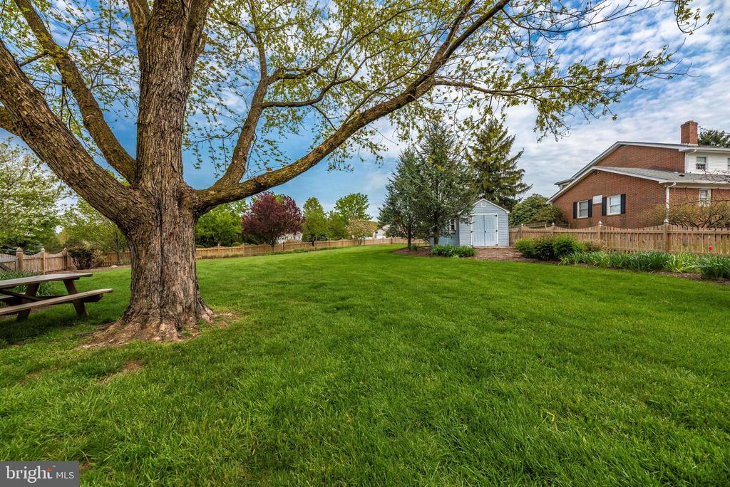 - 10227 ROYAL SAINT ANDREWS PL, IJAMSVILLE