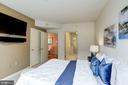 Wall mounted TV & soundbar convey. - 1021 N GARFIELD ST #409, ARLINGTON