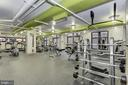 Fitness center - plenty of free weights. - 1021 N GARFIELD ST #409, ARLINGTON