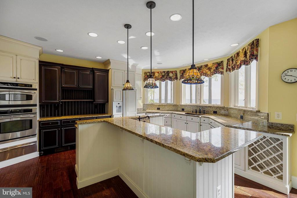 Chef's delight-entertain while you cook - 825 CAMP CONOY RD, LUSBY