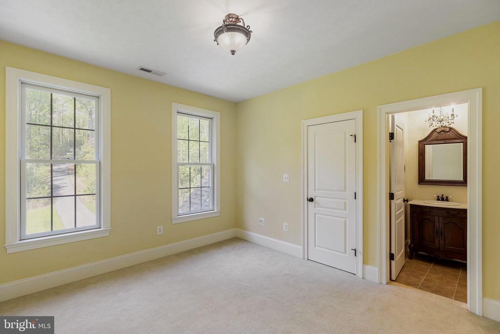 Bedroom 4 has ensuite bathroom - 825 CAMP CONOY RD, LUSBY
