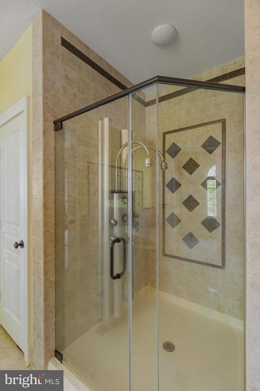 MBR full shower with custom shower panel - 825 CAMP CONOY RD, LUSBY