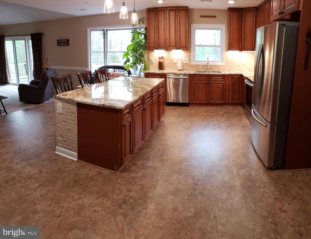 Kitchen With Expanded Island - 2714 JAY BIRD CT, KNOXVILLE