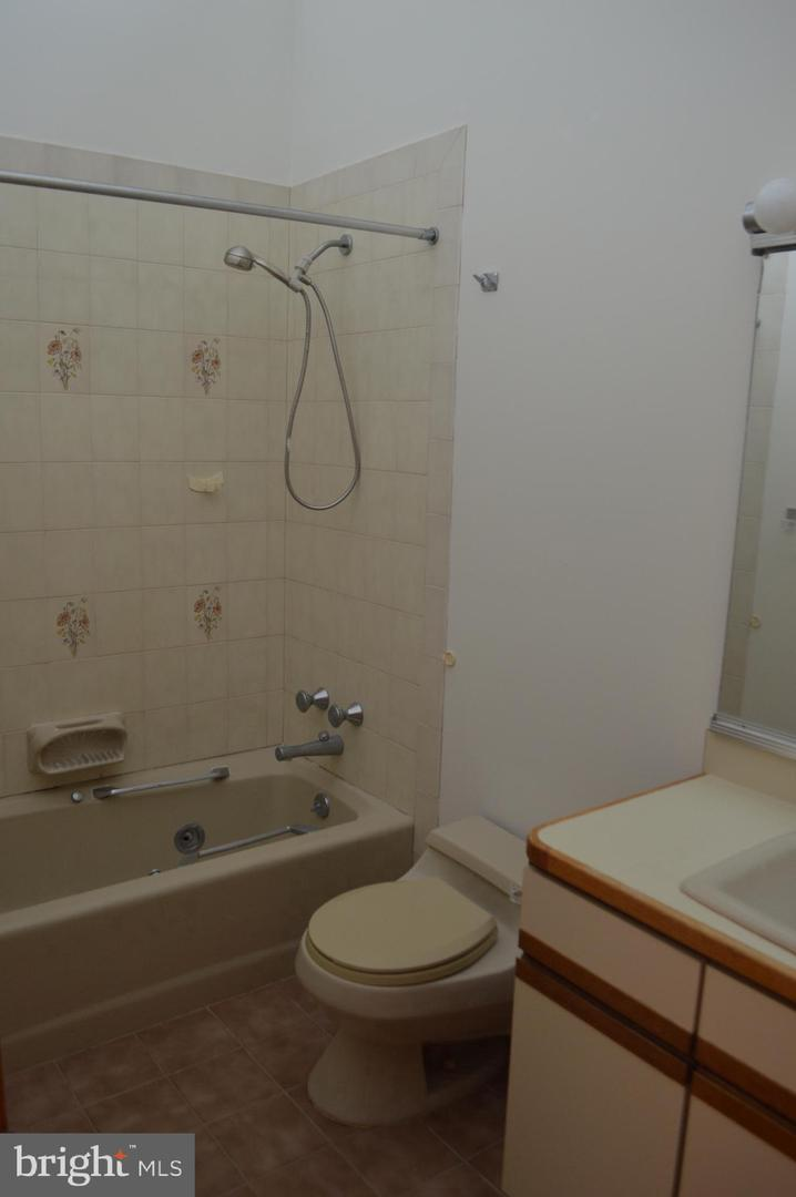 Additional photo for property listing at  Wildwood, 新泽西州 08260 美国