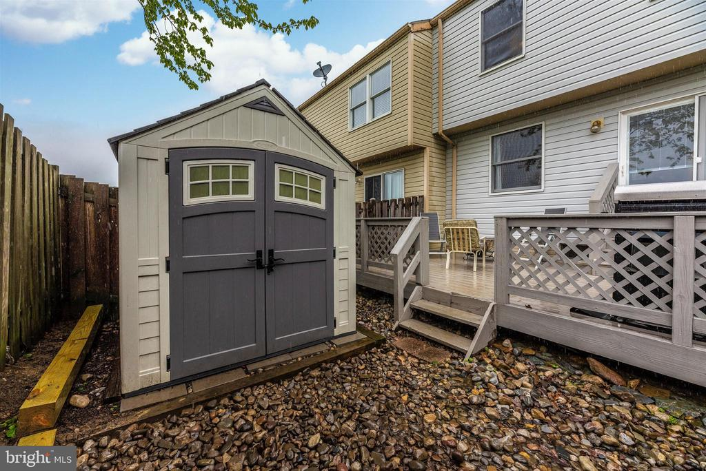 Exterior Rear-Shed - 6204 ILLINOIS CT, NEW MARKET