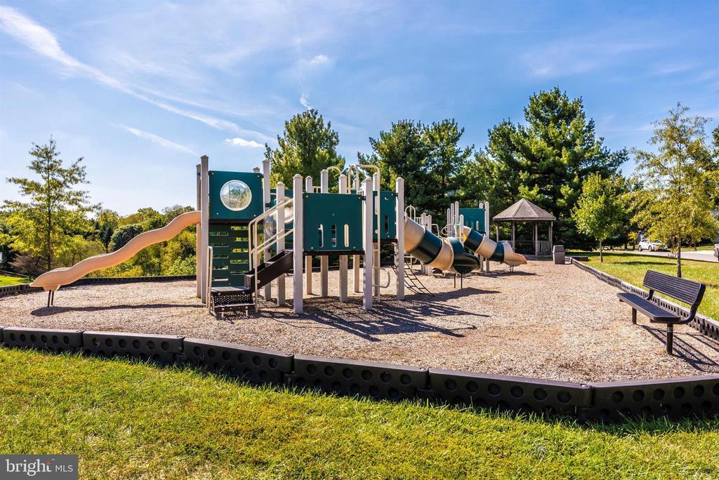 Community - 6204 ILLINOIS CT, NEW MARKET