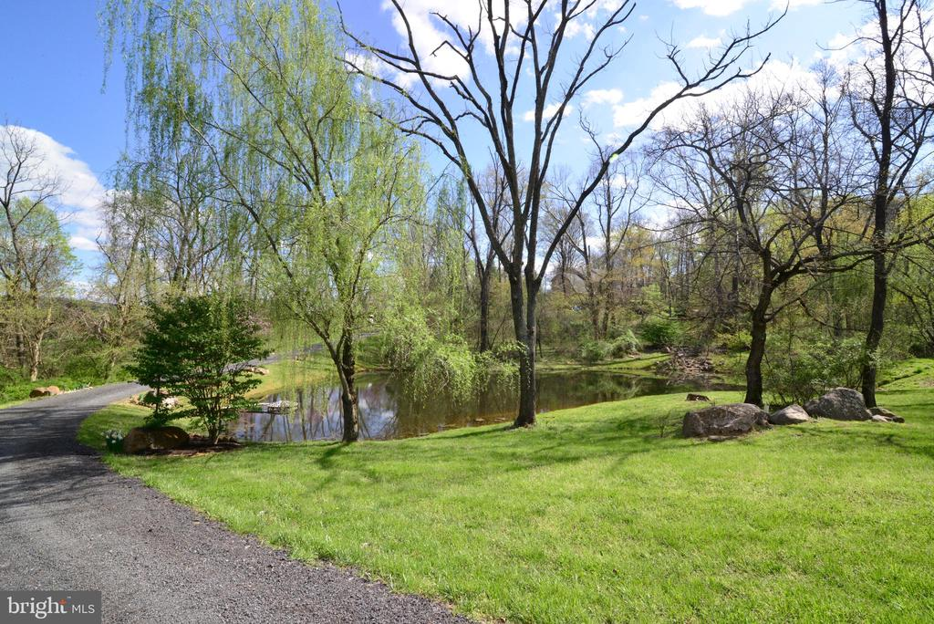 - 38283 HUGHESVILLE RD, PURCELLVILLE