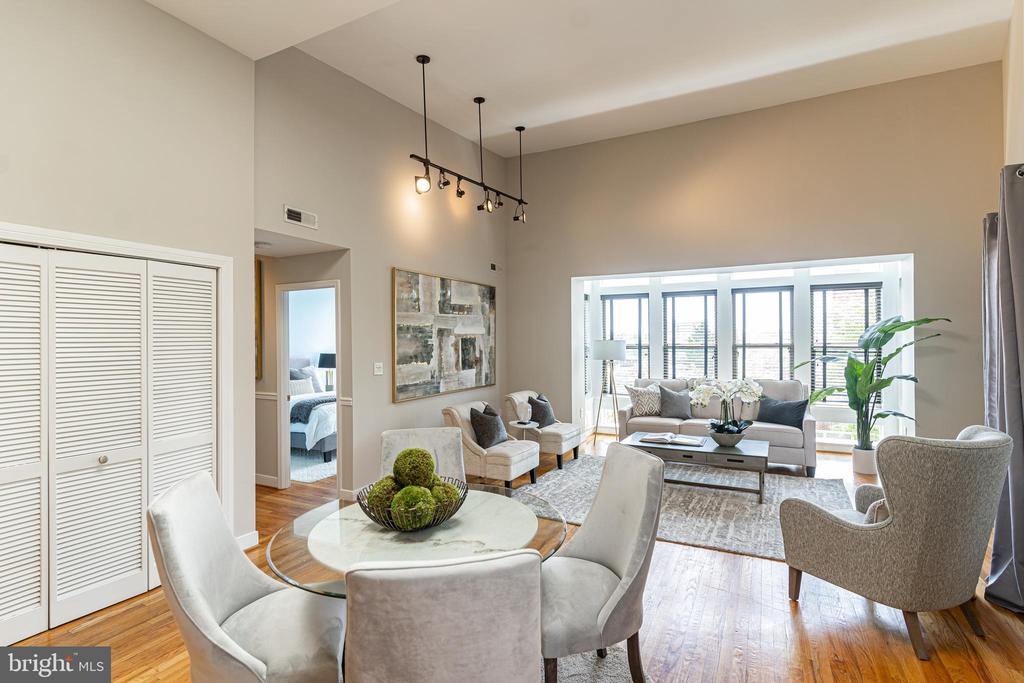 High ceilings grace this penthouse - 1827 FLORIDA AVE NW #401, WASHINGTON