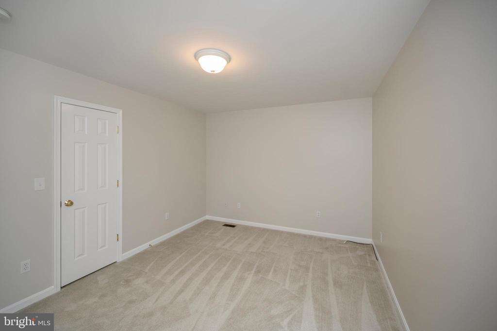 Bedroom 2 - 228 YORKTOWN BLVD, LOCUST GROVE