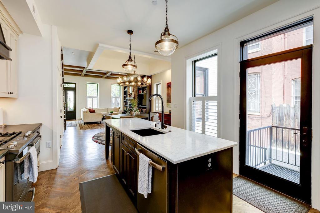 Owner's Unit - Kitchen - 629 E CAPITOL ST SE, WASHINGTON