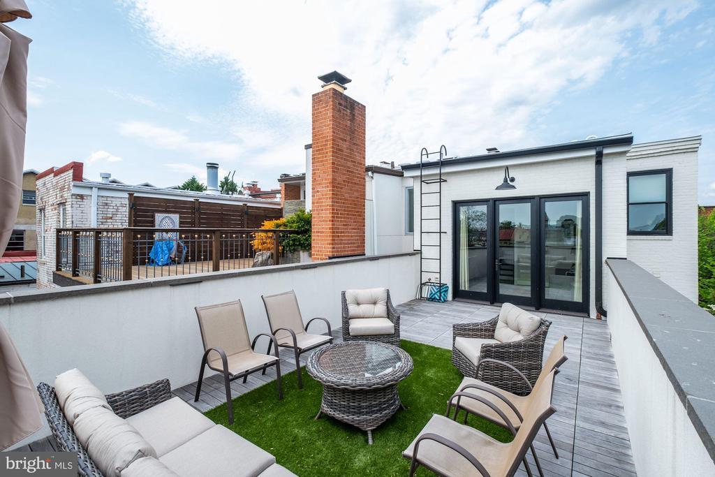 Owner's Unit - Private Rooftop Terrace - 629 E CAPITOL ST SE, WASHINGTON