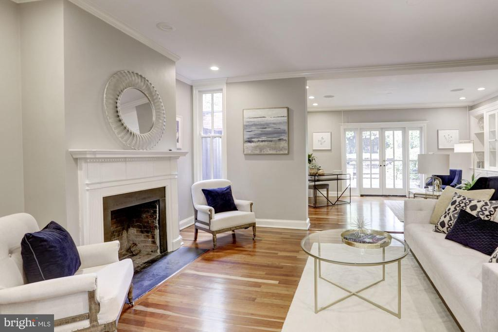 Gleaming wood floors and wood burning fireplace - 1510 26TH ST NW, WASHINGTON