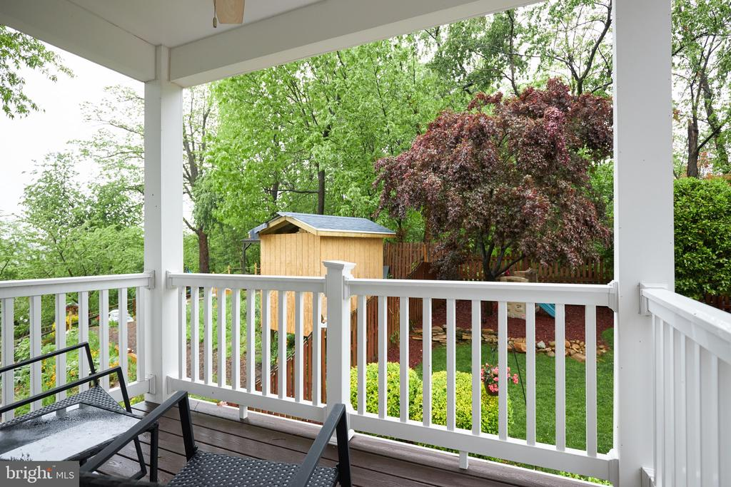 Deck off your master bedroom - 2912 S GRANT ST, ARLINGTON
