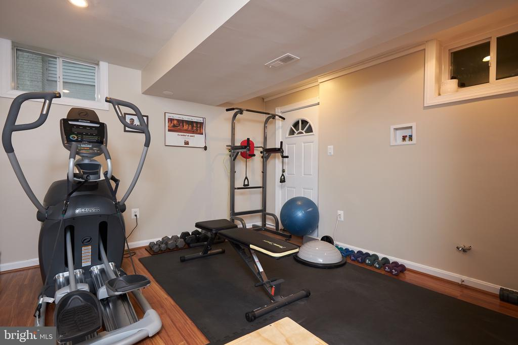 Workout room (second hook up to W/D also) - 2912 S GRANT ST, ARLINGTON