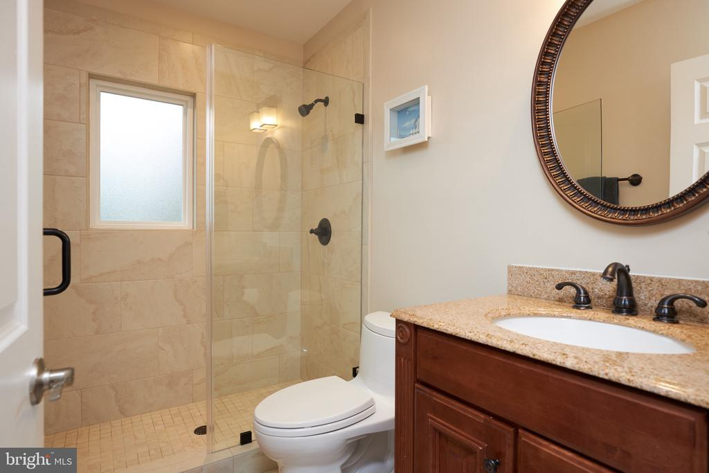 Main level full bath with heated floors - 2912 S GRANT ST, ARLINGTON