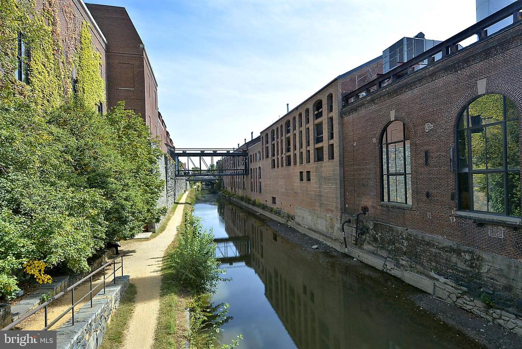 View of historic canal - 1510 26TH ST NW, WASHINGTON