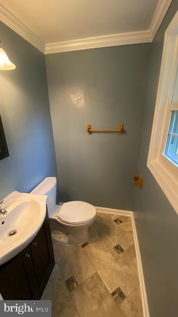 Master Half Bath - 2 MARTHA CT, STAFFORD
