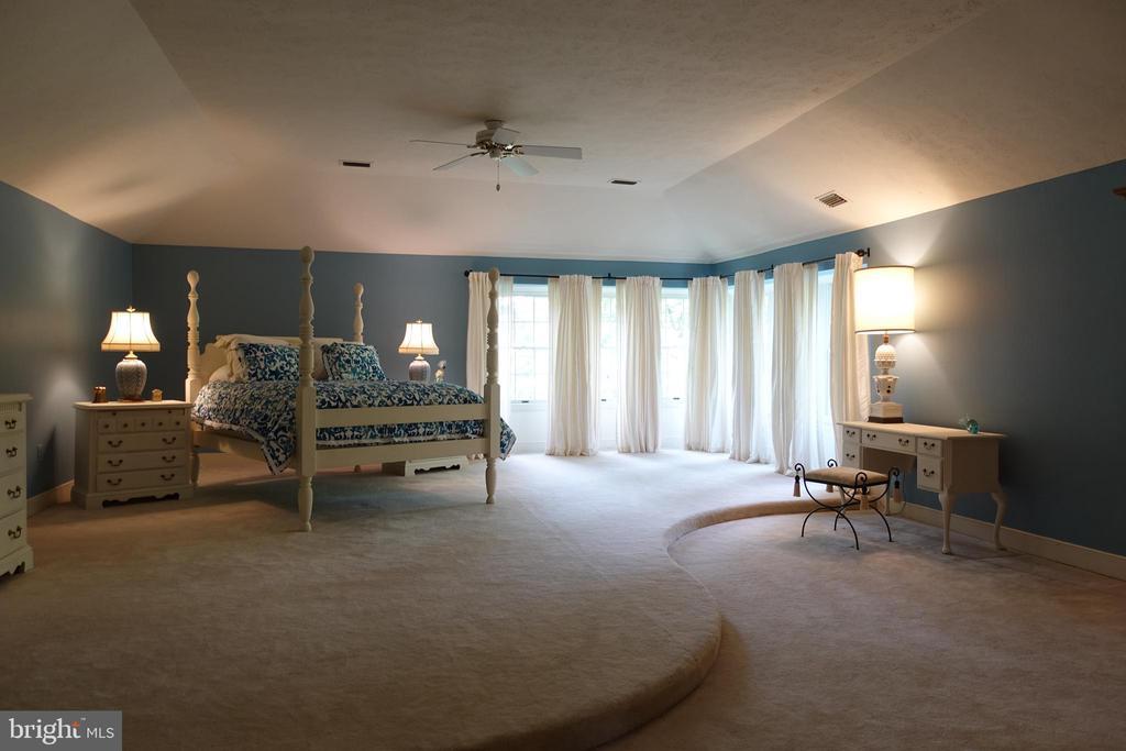 Master Bedroom - 6507 BURKE WOODS DR, BURKE