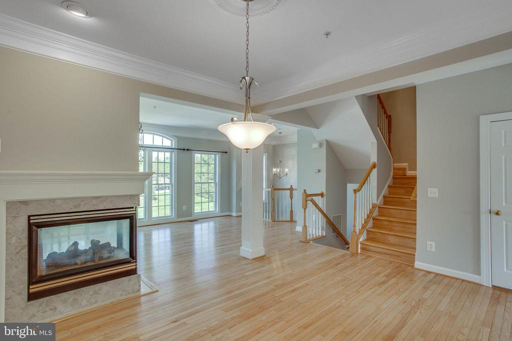 View from the dining area to the living room - 43771 APACHE WELLS TER, LEESBURG
