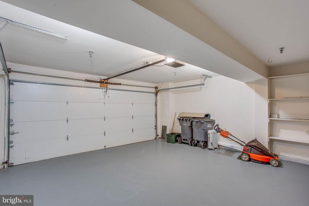 Two car garage, freshly painted - 43771 APACHE WELLS TER, LEESBURG
