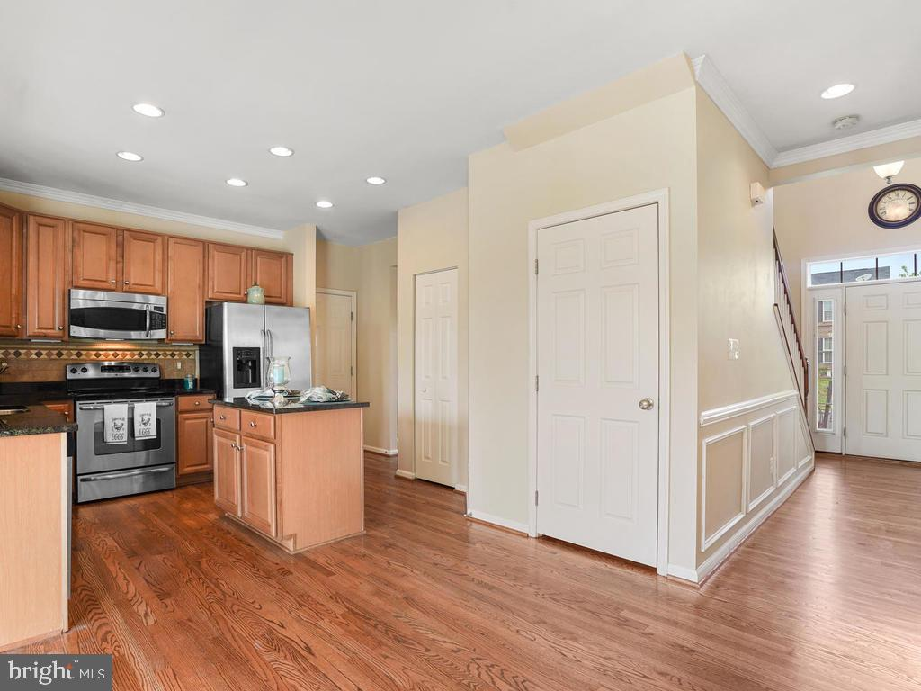 Kitchen with access to Basement and Garage - 2151 BALLAST LN, WOODBRIDGE