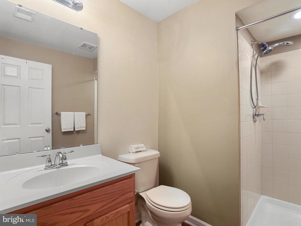 Basement full Bathroom - 2151 BALLAST LN, WOODBRIDGE