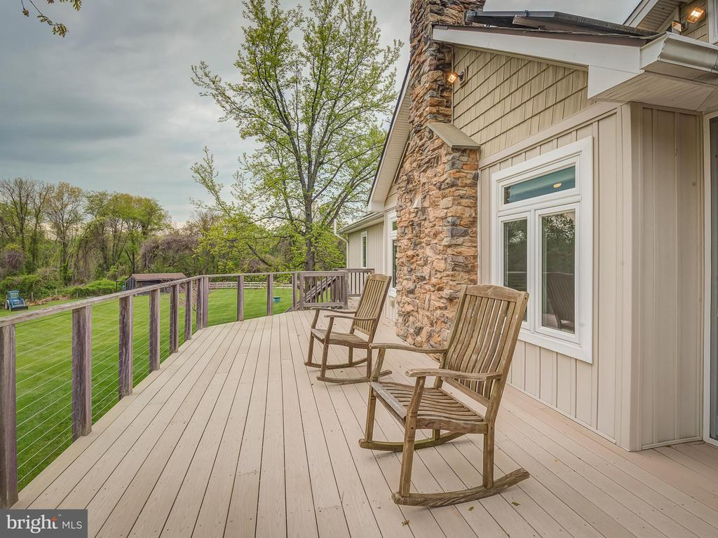 Marvelous Deck And Barbeque! - 5917 WILD FLOWER CT, ROCKVILLE