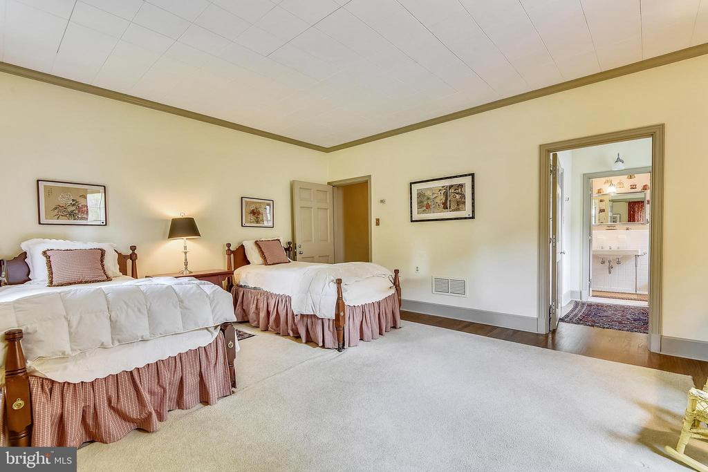 Main Level Bedroom #2 - 205 WINCHESTER BEACH DR, ANNAPOLIS