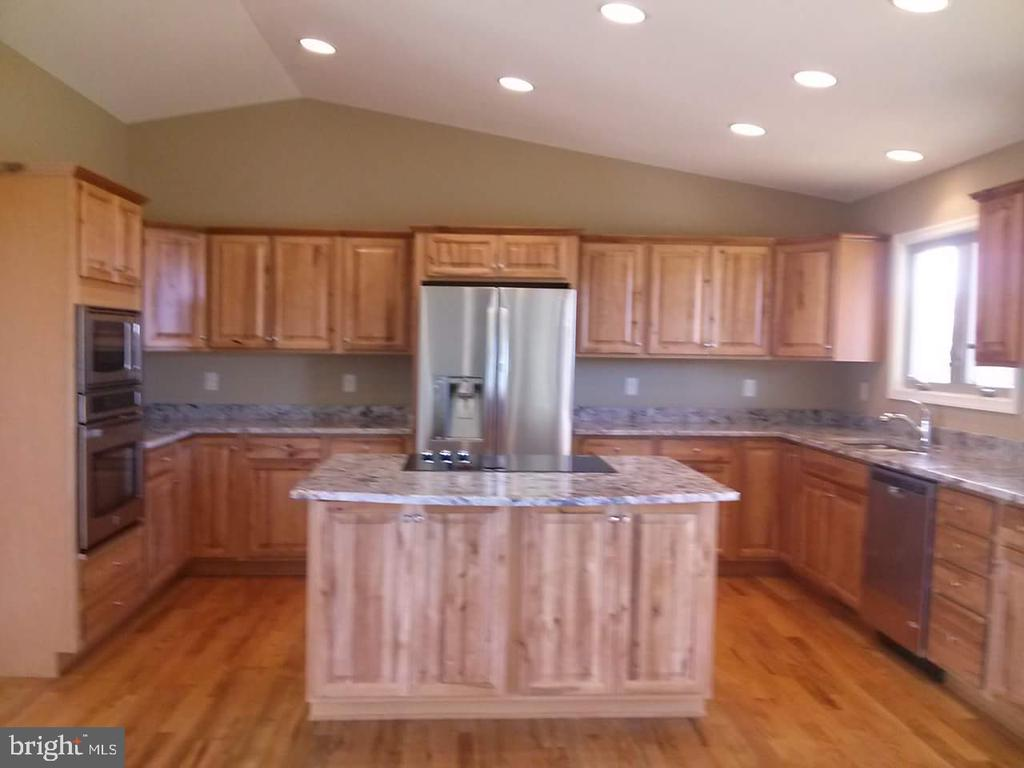 kitchen option - GRUVER GRADE, MIDDLETOWN