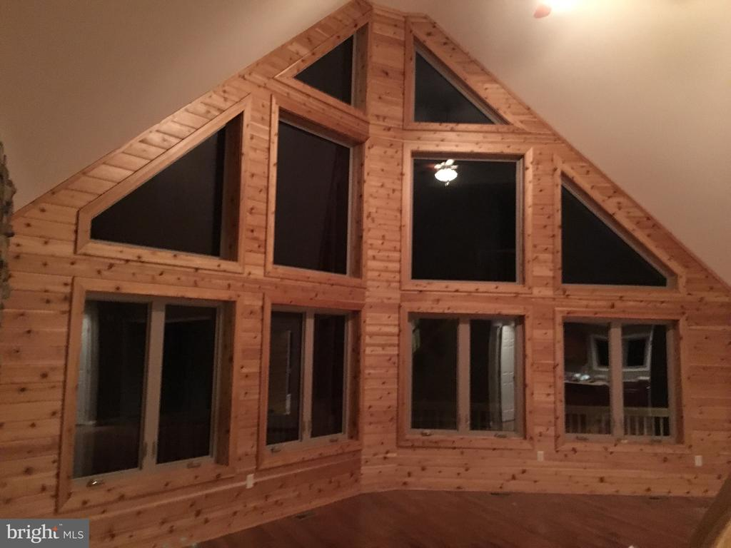 optional cedar wall - GRUVER GRADE, MIDDLETOWN