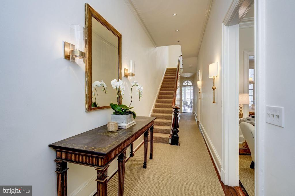 ENTRY HALL - 3011 P ST NW, WASHINGTON