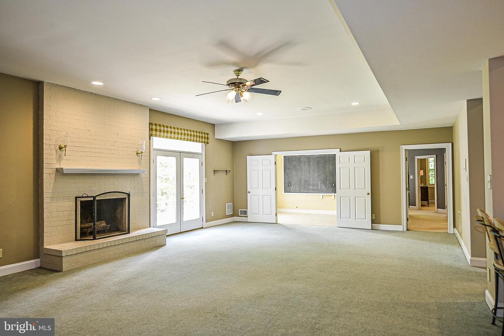 Brick Wood-burning Fireplace & Recessed Lights - 12970 WYCKLAND DR, CLIFTON
