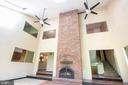 Family Room w/Soaring 24' Ceiling & Ceiling Fans - 305 VOYAGE CV, STAFFORD