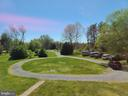 Circular driveway can accommodate many cars - 544 PYLETOWN RD, BOYCE