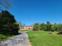 Nice driveway with house situated well off road - 544 PYLETOWN RD, BOYCE