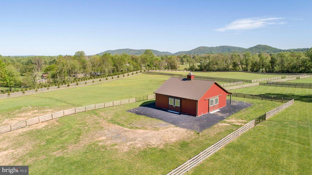 Private events or large gatherings? - 65 HICKORY LN, HUNTLY