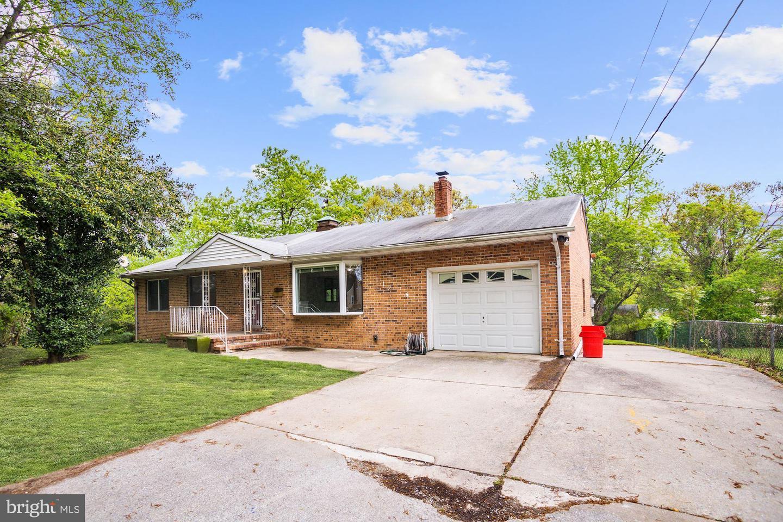 Single Family Homes 为 销售 在 Lawnside, 新泽西州 08045 美国