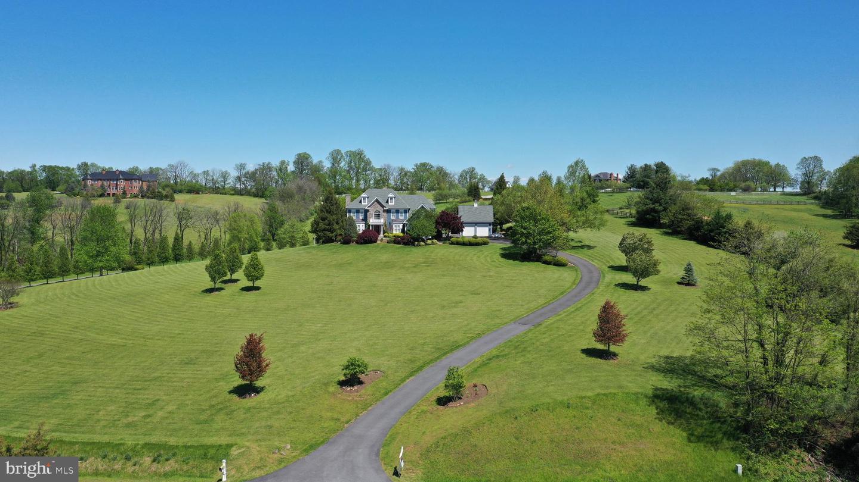 Single Family Homes 為 出售 在 Paeonian Springs, 弗吉尼亞州 20129 美國