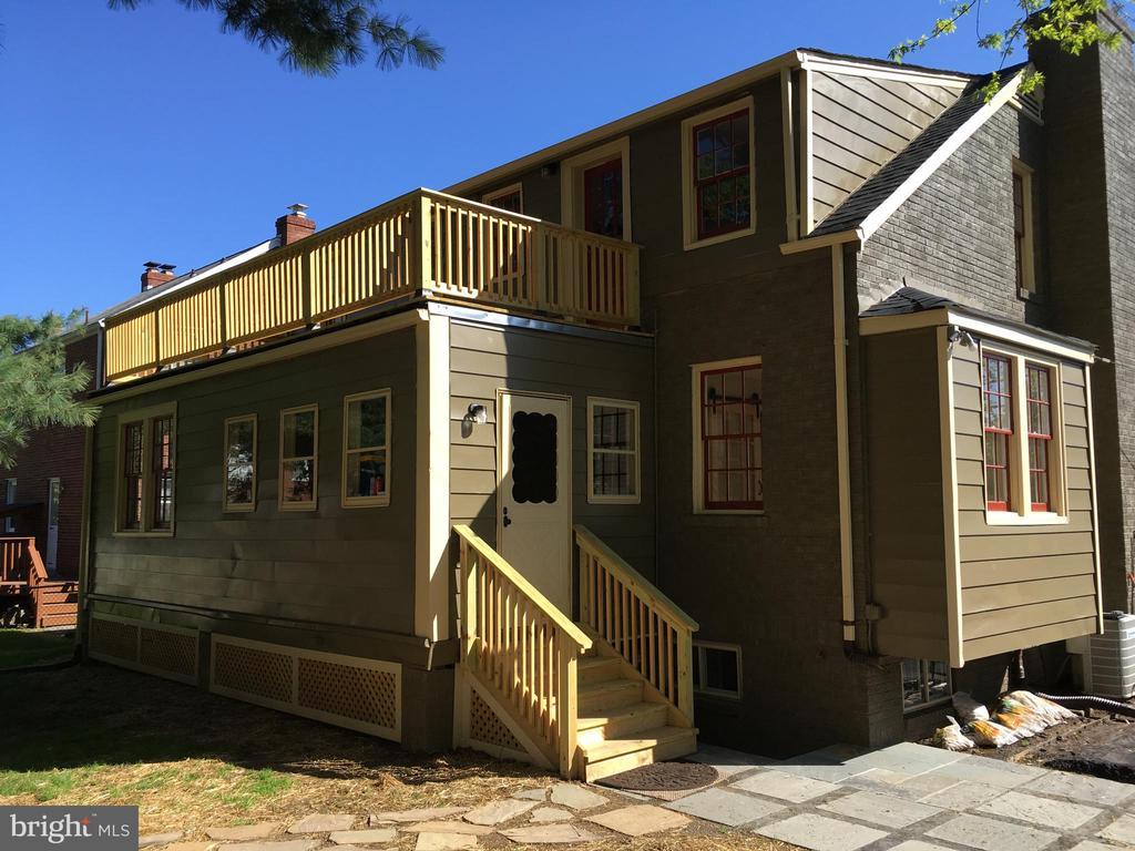 RearPorch & Upper Deck - 604 N EMERSON ST, ARLINGTON