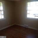 Main Level Bedroom - 604 N EMERSON ST, ARLINGTON