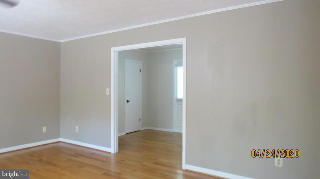 From great room to front foyer - 22191 BERRY RUN RD, ORANGE