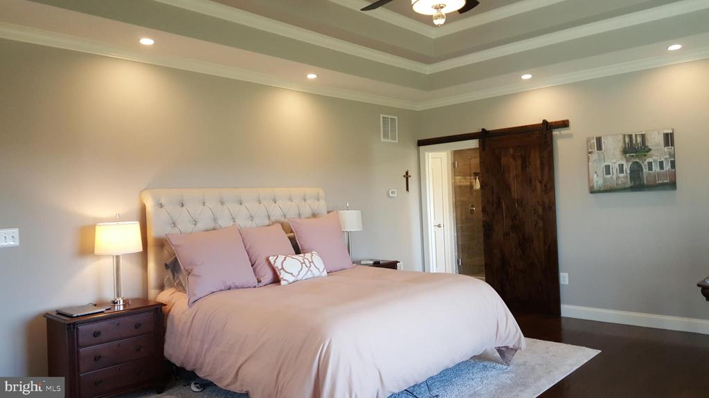Master bedroom - GRUVER GRADE, MIDDLETOWN
