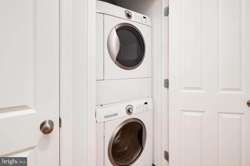 Washer / Dryer - 1701 16TH ST NW #715, WASHINGTON